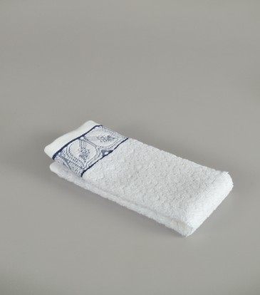 Chelsea Blue and white Guest towel