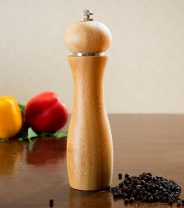 Salt and pepper grinder wooden