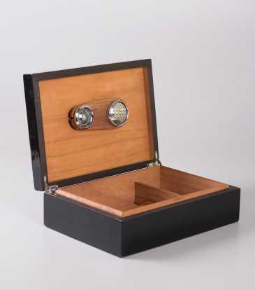 Fire Fly Cigar Box
