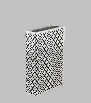 Fretwork Blk & Silver Book Cover