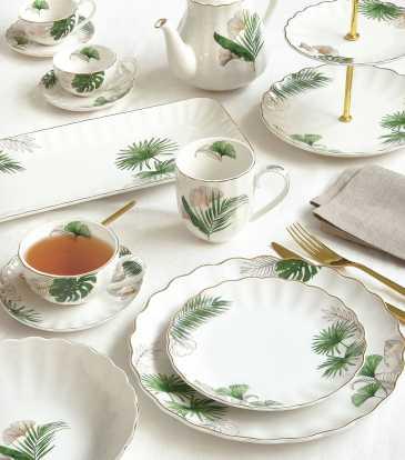 Exotique Tea set of 17